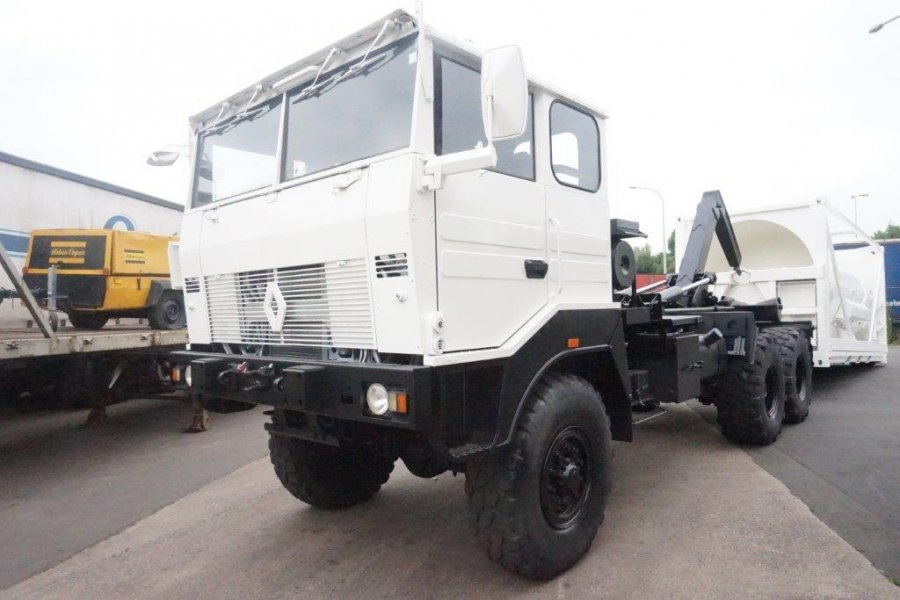 Import / export Renault trm 10000   Ex Army