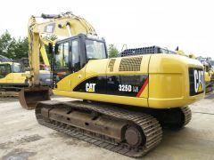 Op zoek naar Caterpillar 325 DL? Overloop al onze advertenties van nieuwe en tweedehandse voertuigen.